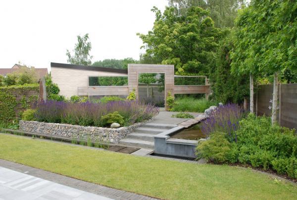 spiegels in de tuin tuinaanleg terras