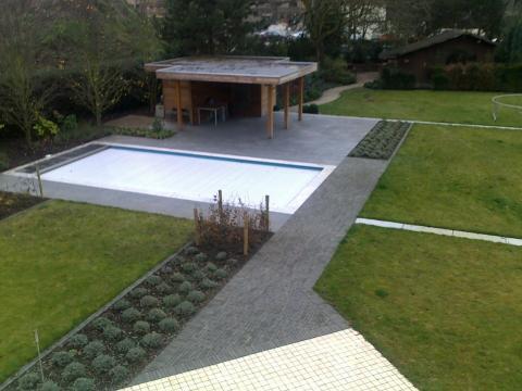 Zwembad met overdekt terras groent a c bvba - Zwembad terras hout photo ...